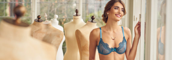 Bikini & Lingerie