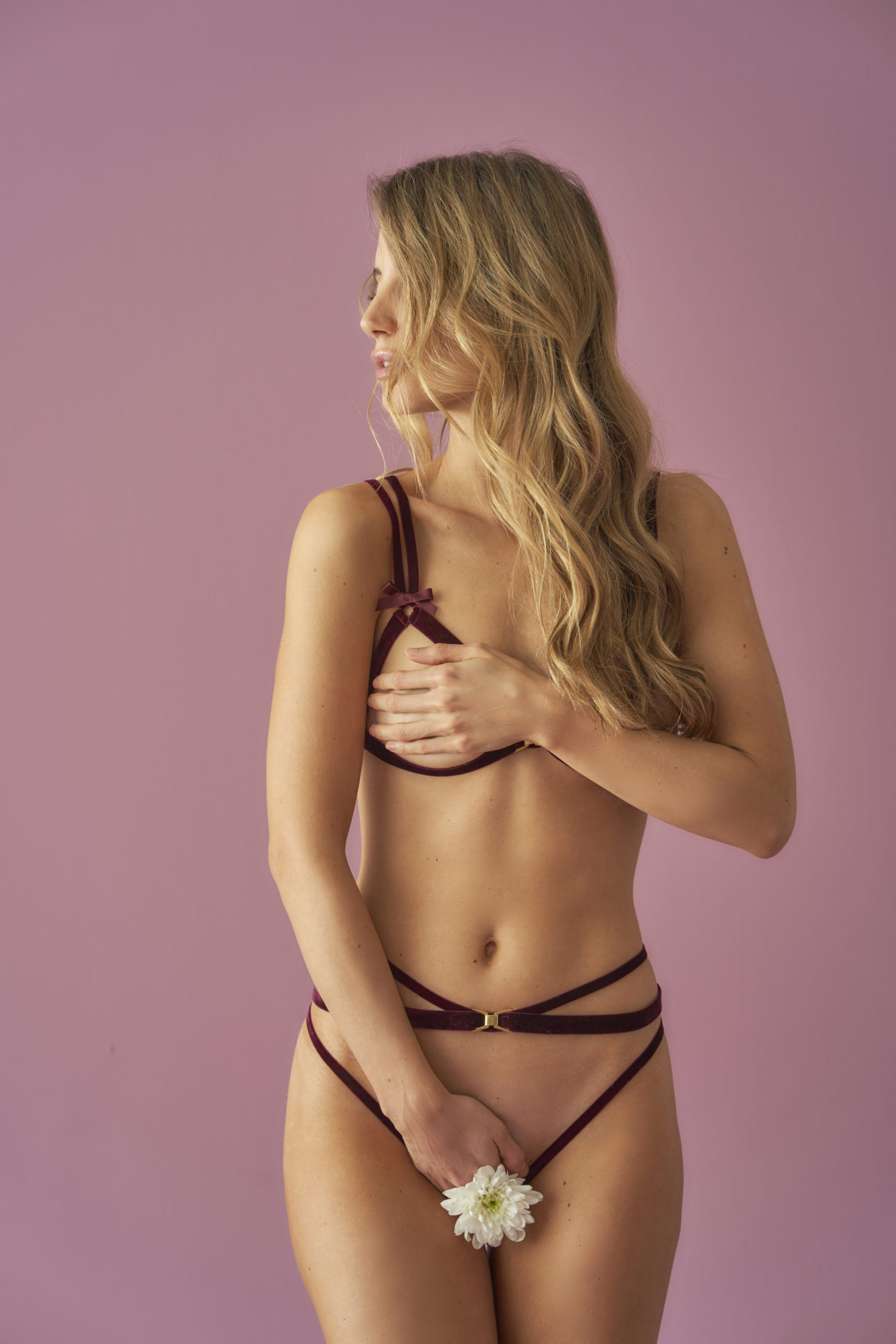 'VALÉRIE BORDEAUX' Harness String